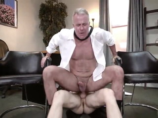 HOT BOSS GETS THE CUM JOB DONE