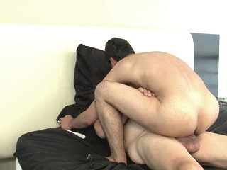 Daddy dates twink before good bareback fucking