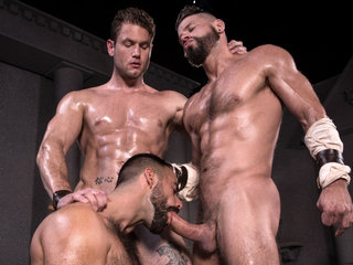Erectus XXX Video: Teddy Torres, Ace Era, Tex Davidson - FalconStudios